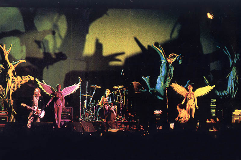 Nirvana tour photo